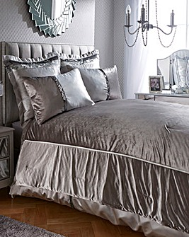 Caprice Velvet Sophia Throw