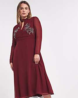Hope & Ivy Ruby Embroidered Midi Dress