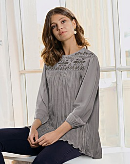Together Pleat and Embroidery Blouse