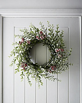 Frosted Green Holly Wreath