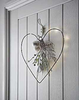 Pre lit Heart Wire Wreath