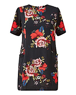 Yumi Curves Floral Pocket Tunic Dress