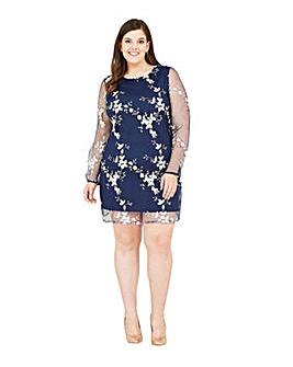 Yumi Curves Embroidered Floral Tunic Dress