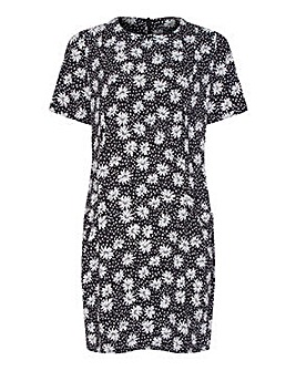 Yumi Curves Daisy Floral Tunic Dress