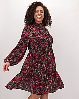 Ditsy Floral Tiered Smock Dress