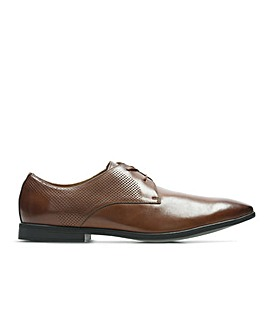 Clarks Bampton Walk Standard Fitting