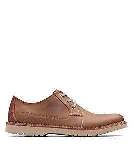 Clarks Vargo Plain Standard Fitting Shoes