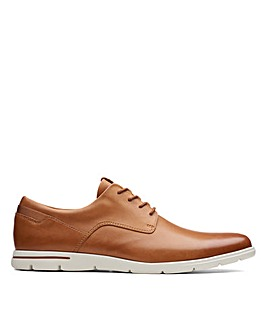 Clarks Vennor Walk Standard Fitting