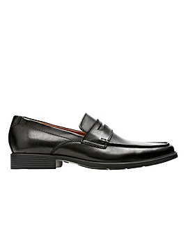 Clarks Tilden Way Standard Fitting