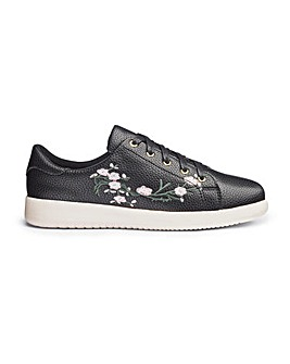Heavenly Soles Embroidered Shoes EEE Fit