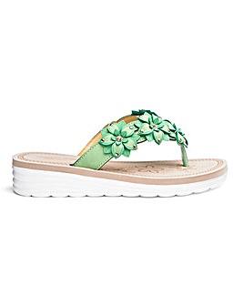 Cushion Walk Toe Post Sandals E Fit