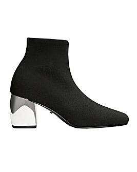 Violeta by Mango Heel Detail Ankle Boot