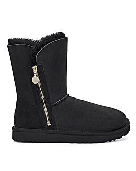 Ugg Bailey Zip Short Standard Boots D Fit