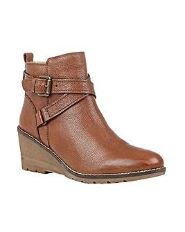 Lotus Petra Boots Standard D Fit