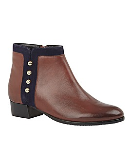 Lotus Rosa Leather Boots Standard D Fit