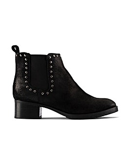 Clarks Mila Top Standard Fitting Boots