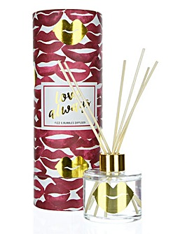 Candlelight Hugs & Kisses Diffuser