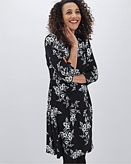 Mono Print 3/4 Sleeve Swing Dress