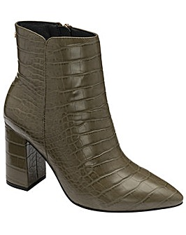 Ravel Soriano Ankle Boots Standard D Fit