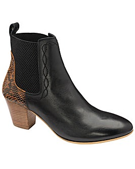 Ravel Moa Ankle Boots Standard D Fit