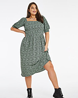 Heart Print Shirred Midi Dress