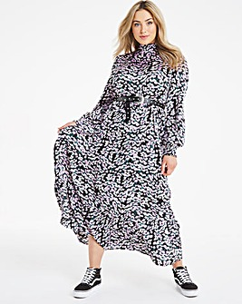 Daisy Print Tiered High Neck Maxi Dress