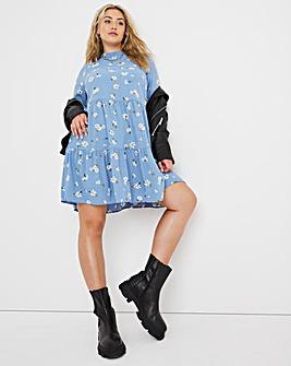 Blue Bee Print Tiered Smock Dress