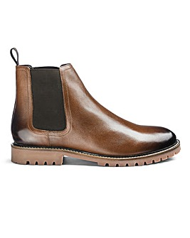 Leather Cleated Chelsea Boots Standard Fit