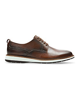 Clarks Chantry Walk Shoe Wide Fit