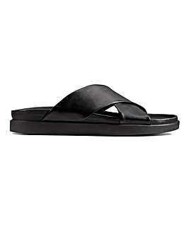 Clarks Sunder Cross Sandal Std Fit