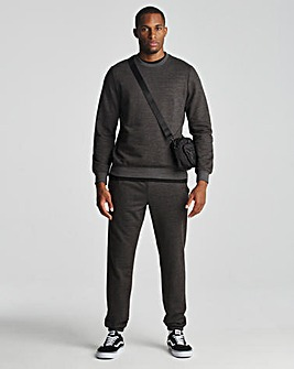 Crew Neck with Cuffed Jogger
