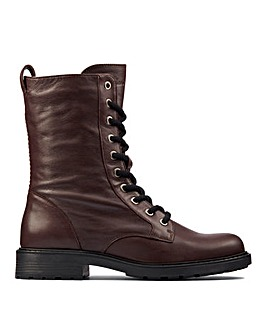 Clarks Orinoco Style Leather Boots E Fit