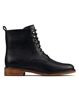 Clarks Clarkdale Leather Boots D Fit