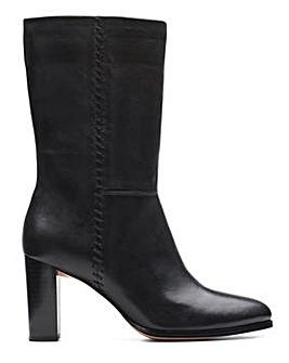 Clarks Karamo Mid Boots Standard D Fit