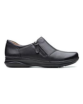 Clarks Appley Zip Shoes Standard D Fit
