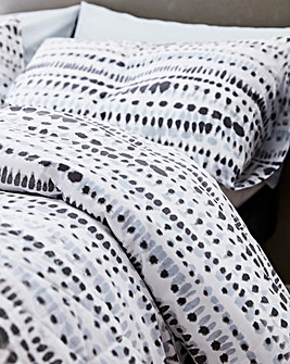 DKNY Dot Geo Pillowcases