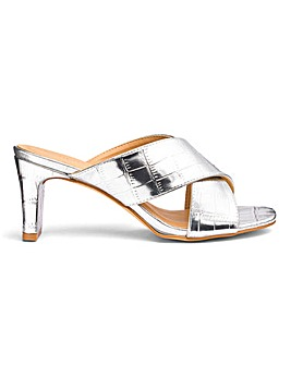Square Heel Crossover Mules E Fit