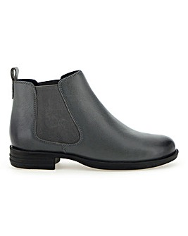 Leather Chelsea Ankle Boots E Fit
