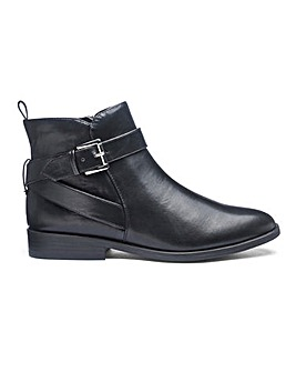 Strap And Buckle Ankle Boots E Fit