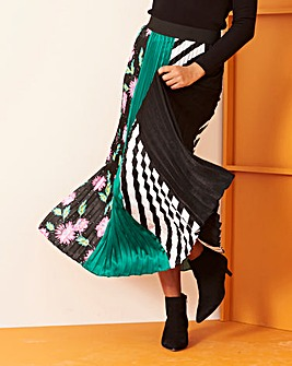 Black & Green Sunray Pleat Maxi Skirt