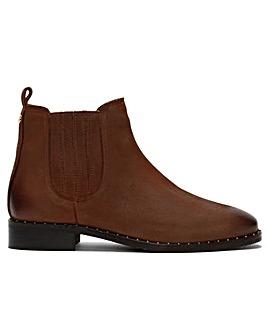 Daniel Isla Suede Chelsea Boots