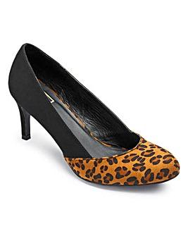 Sole Diva Court Shoe EEE Fit