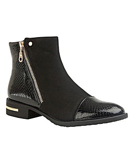 Lotus Coppice Ankle Boots D Fit