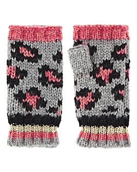 Knitted Leopard Mittens