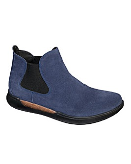 Scholl Vicky Suede Boot D Fit