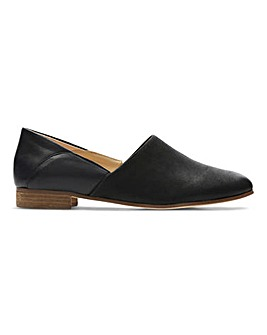 Clarks Pure Tone Slip On Shoes Standard D Fit