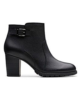 Clarks Verona Gleam Heeled Boots D Fit
