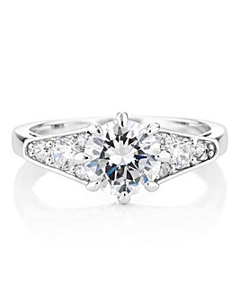 Buckley London Queen Elizabeth Ring