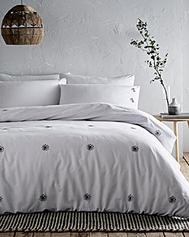 Daisy Embroidered Duvet Cover Set