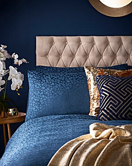 Tess Daly Topaz Pillowcases